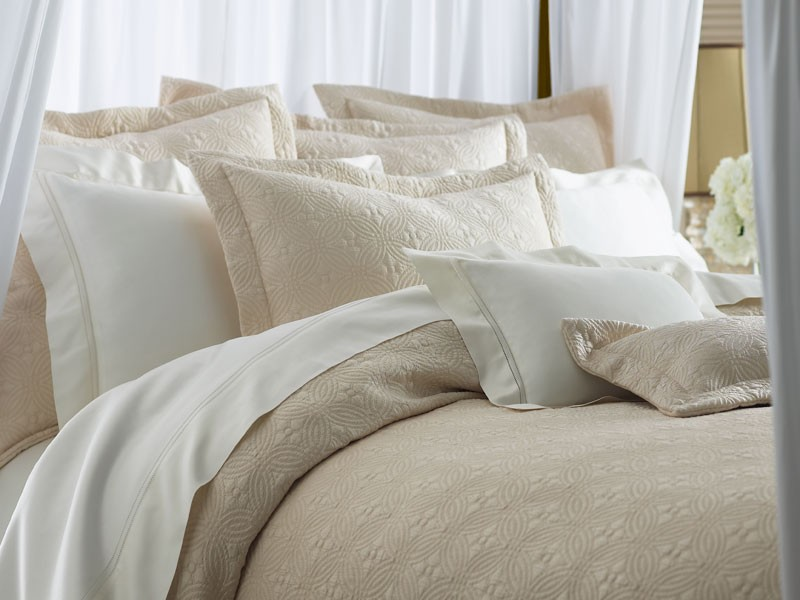 ... Lucia Couture Bedding From Peacock Alley