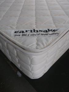 The Vegan Hemp - Organic Mattress by earthSake